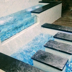 Fully Tiled Pool With Water Features and Lighting Floreat