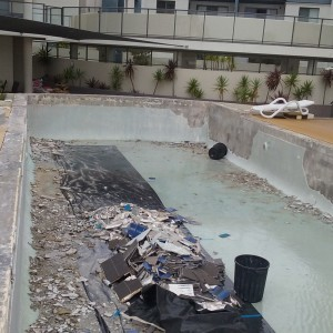 Pool Re-tile and Repair